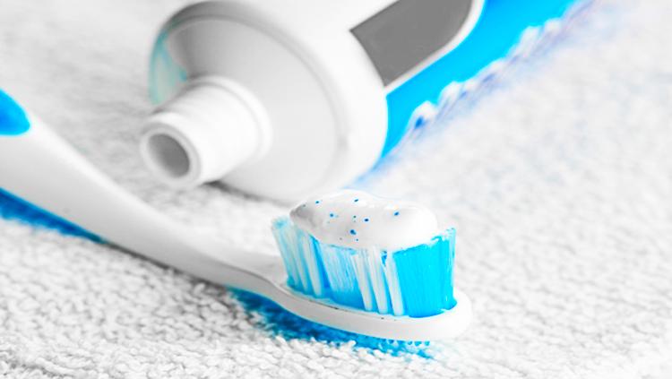 toothpaste01