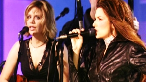 Shania Twain Pictured with Alison Krauss