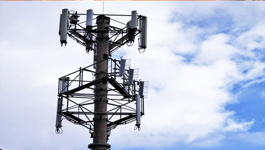 CellphoneTowers01