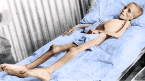 Young Girl Victim of the British genocide in 1901 Concentration Camps, South Africa. Picture colored by FM
