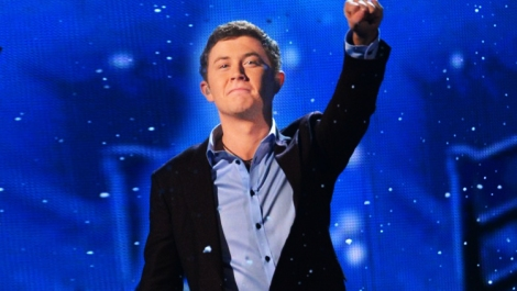 Scotty McCreery on FOX & Friends Christmas Special