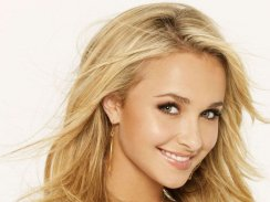 Hayden-Leslie-Panettiere-Lips-Photo