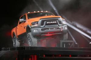 2017-Ram-Power-Wagon-truck-03-800