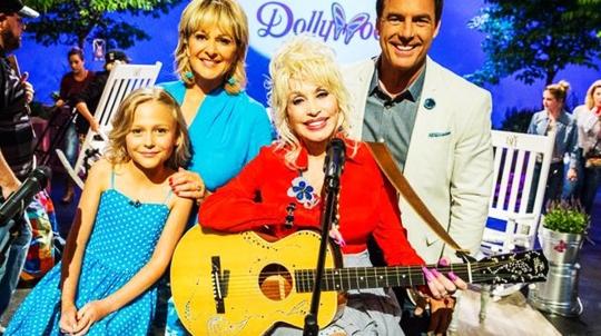 Dollywood002