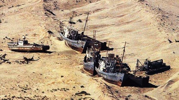 Shipwrecks003