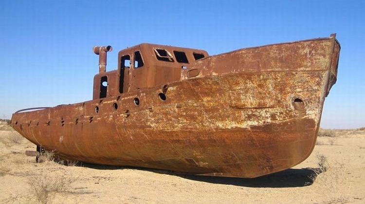Shipwrecks004