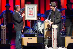 Vince-Gill-25th-Anniv-by-Chris-Hollo-3240-8.13.16