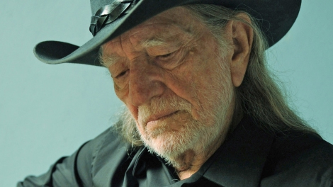 Willie Ends Concert Due To Breathing Difficulties